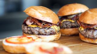 Η κακή διατροφή «σκοτώνει» περισσότερους ανθρώπους απ' όσους το τσιγάρο - Τι ισχύει για την Ελλάδα