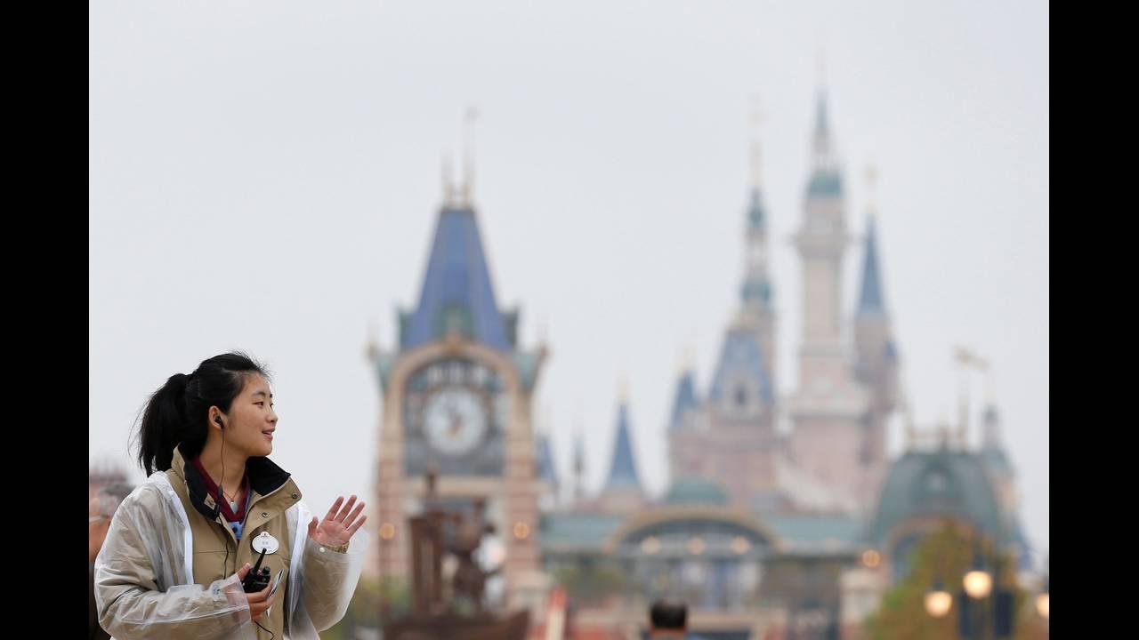https://cdn.cnngreece.gr/media/news/2019/04/04/171701/photos/snapshot/CHINA-BUSINESSREUTERSAlySong2.jpg