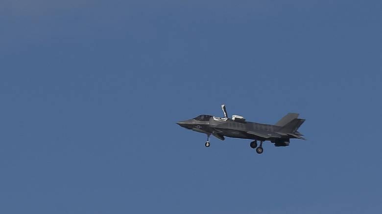 Η ένταση ΗΠΑ – Τουρκίας κορυφώνεται, αλλά η παράδοση των F-35 προχωρά
