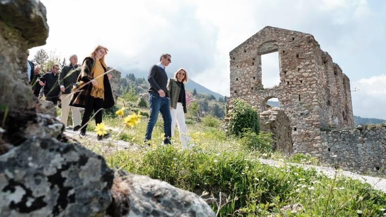Μητσοτάκης από Μυστρά: Η κυβέρνηση της ΝΔ θα συνδέσει τουρισμό και πολιτισμό