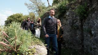 Μητσοτάκης: Ο Τσίπρας περπατάει πιο άνετα στα Σκόπια απ' ό,τι στη Θεσσαλονίκη