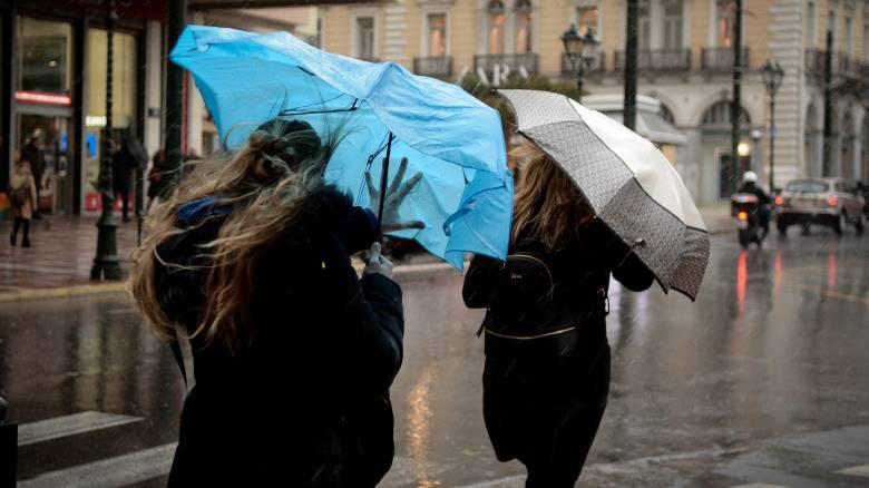 Έκτακτο δελτίο επιδείνωσης καιρού: Βροχές και καταιγίδες σε όλη τη χώρα