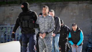 Δολοφονία Ζαφειρόπουλου: Με το δάχτυλο στη σκανδάλη οι αστυνομικοί