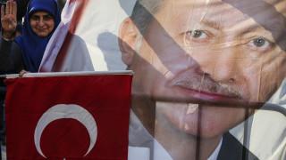 Ερντογάν: Τα «βάζει» με τη Δύση για το «χαστούκι» των εκλογών - Στα χέρια του οι S-400