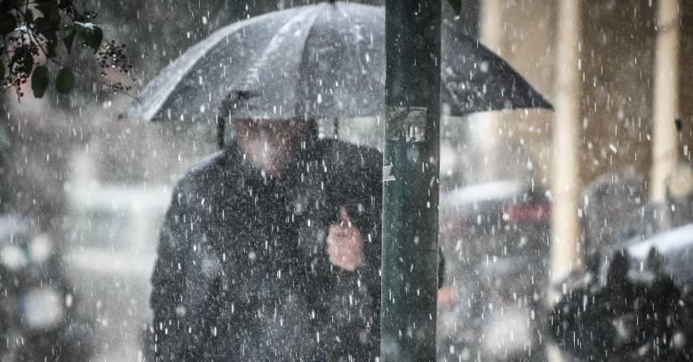 Καιρός: Kαταιγίδες, χαλάζι και θυελλώδεις άνεμοι σε όλη τη χώρα