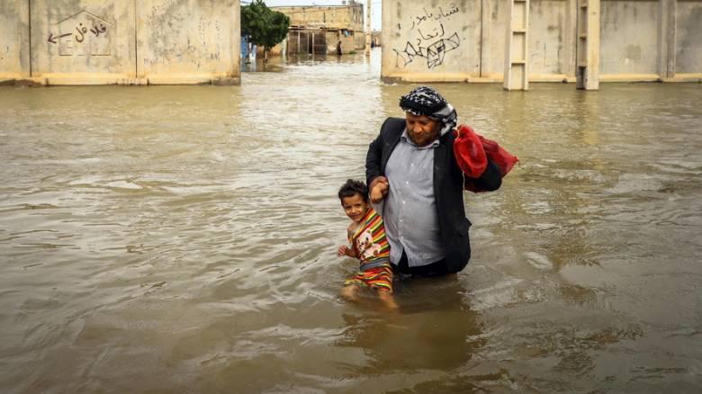 Ιράν: Εκκενώνονται πόλεις λόγω πλημμυρών – Στους 70 οι νεκροί