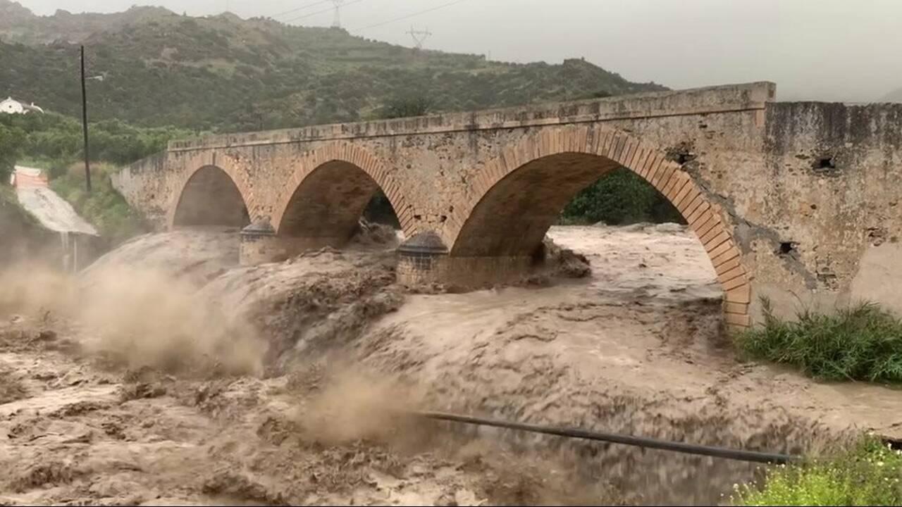 https://cdn.cnngreece.gr/media/news/2019/04/06/171941/photos/snapshot/kriti9.jpg