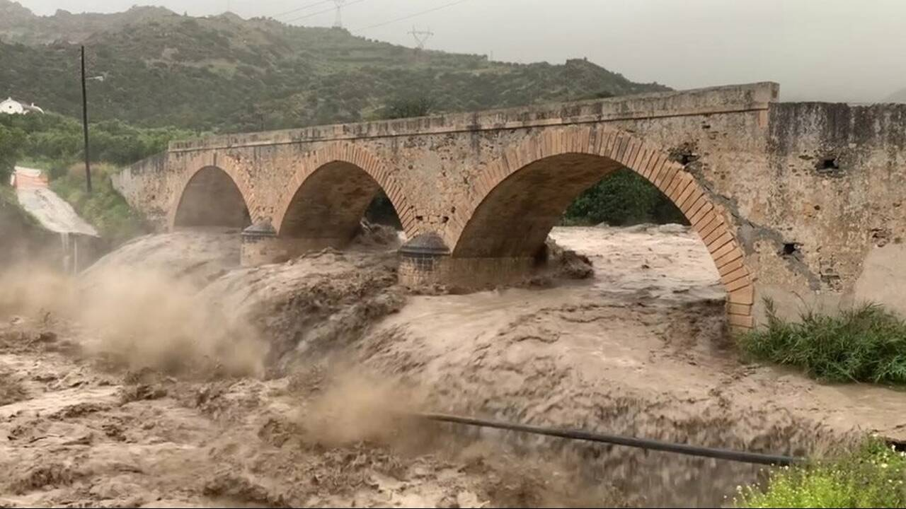 https://cdn.cnngreece.gr/media/news/2019/04/06/171954/photos/snapshot/kriti9.jpg
