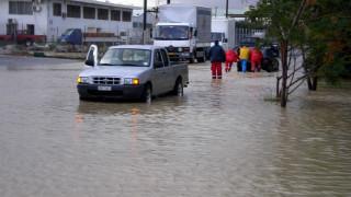 Η κακοκαιρία «σάρωσε» την Κρήτη: Πλημμυρισμένα σπίτια, απεγκλωβισμοί και καταστροφές