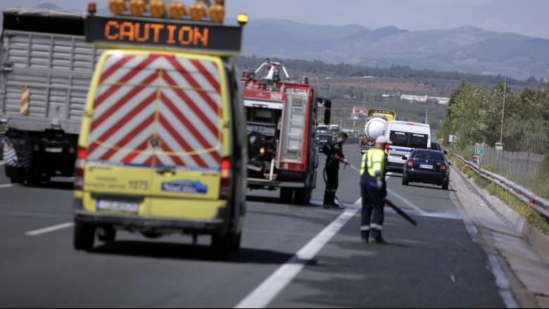 Σύγκρουση τριών οχημάτων στη Λένορμαν - Αυξημένη η κίνηση στον Κηφισό
