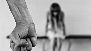Πάτρα: Πατέρας ασελγούσε στις δύο κόρες του με νοητική υστέρηση