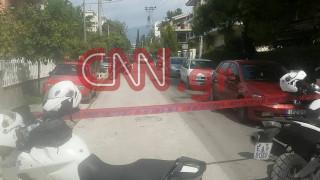 Τραγωδία στο Χαλάνδρι: «Λύγισαν» και οι αστυνομικοί – Βγήκαν με κλάματα από το σπίτι