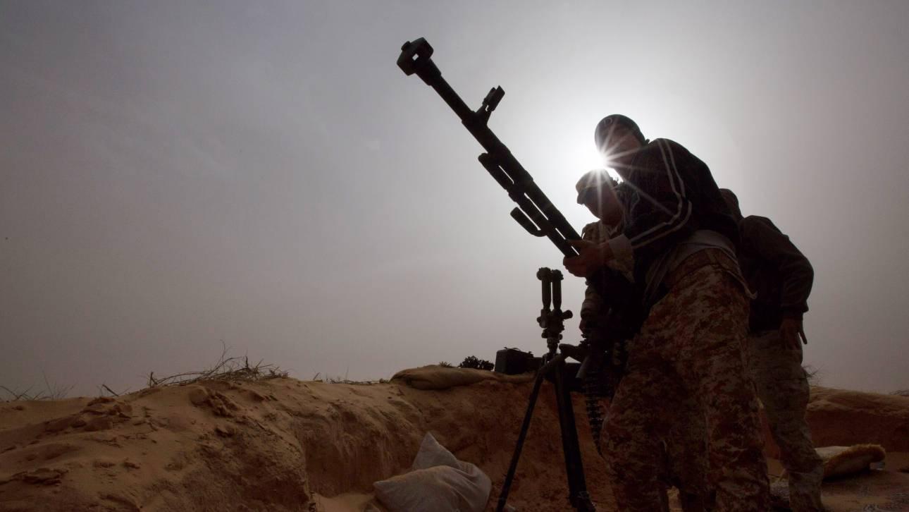 Λιβύη: «Χτύπησε» προάστιο της Τρίπολης ο στρατάρχης - Στην αντεπίθεση η κυβέρνηση