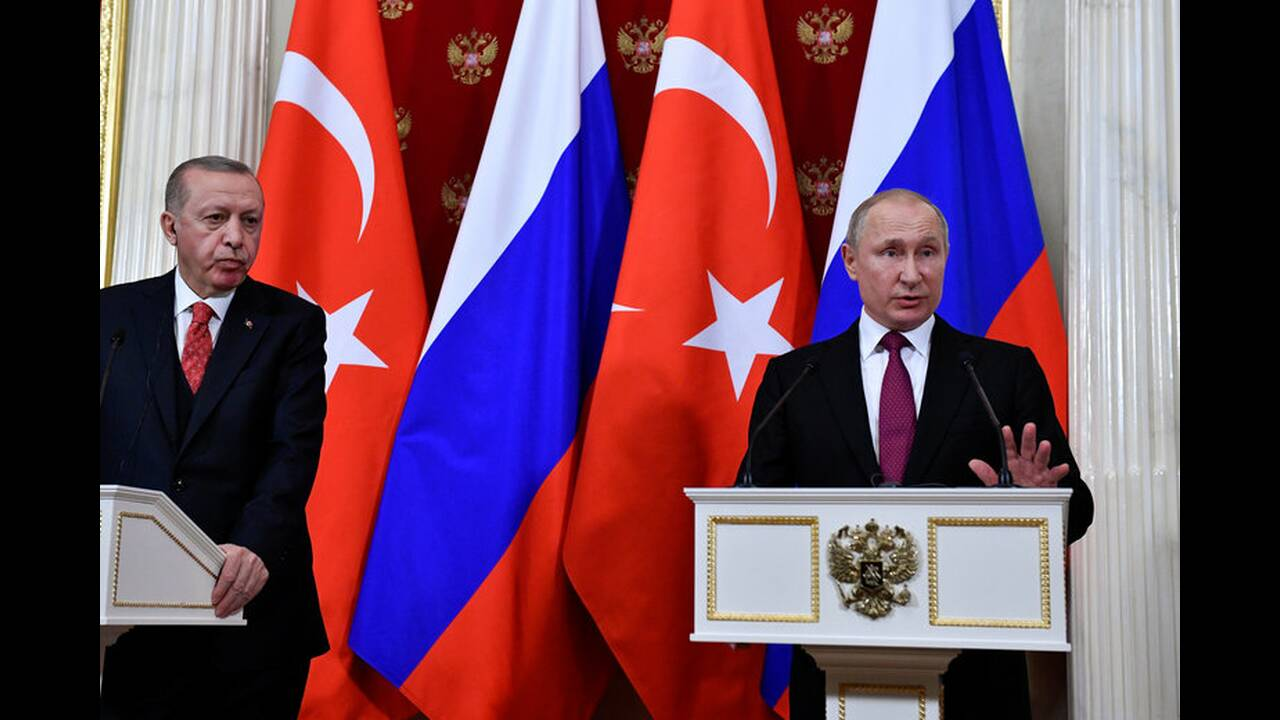 https://cdn.cnngreece.gr/media/news/2019/04/08/172119/photos/snapshot/2019-01-23T184424Z_2073713906_RC1370CA3BD0_RTRMADP_3_RUSSIA-TURKEY-PUTIN-ERDOGAN.jpg