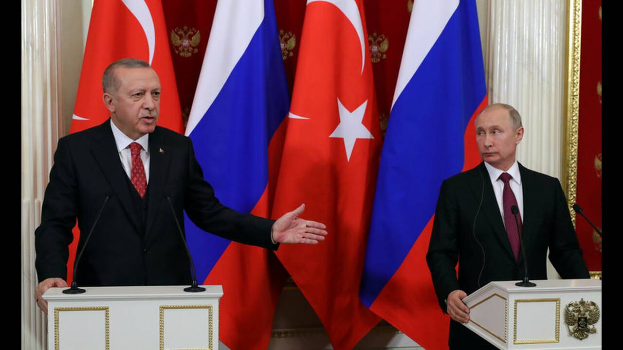 https://cdn.cnngreece.gr/media/news/2019/04/08/172119/photos/snapshot/2019-01-23T192402Z_356475739_RC1398A26D00_RTRMADP_3_RUSSIA-TURKEY-PUTIN-ERDOGAN.jpg