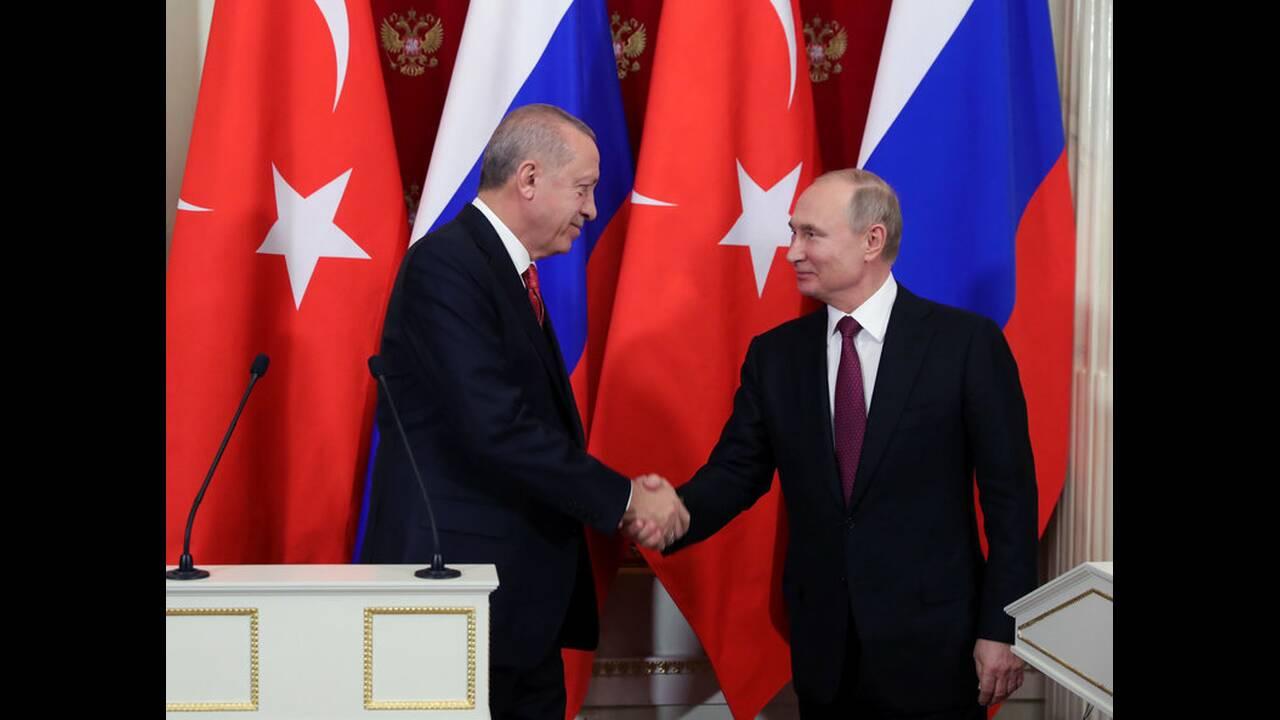 https://cdn.cnngreece.gr/media/news/2019/04/08/172119/photos/snapshot/2019-01-23T192426Z_684261148_RC19C41E0120_RTRMADP_3_RUSSIA-TURKEY-PUTIN-ERDOGAN.jpg