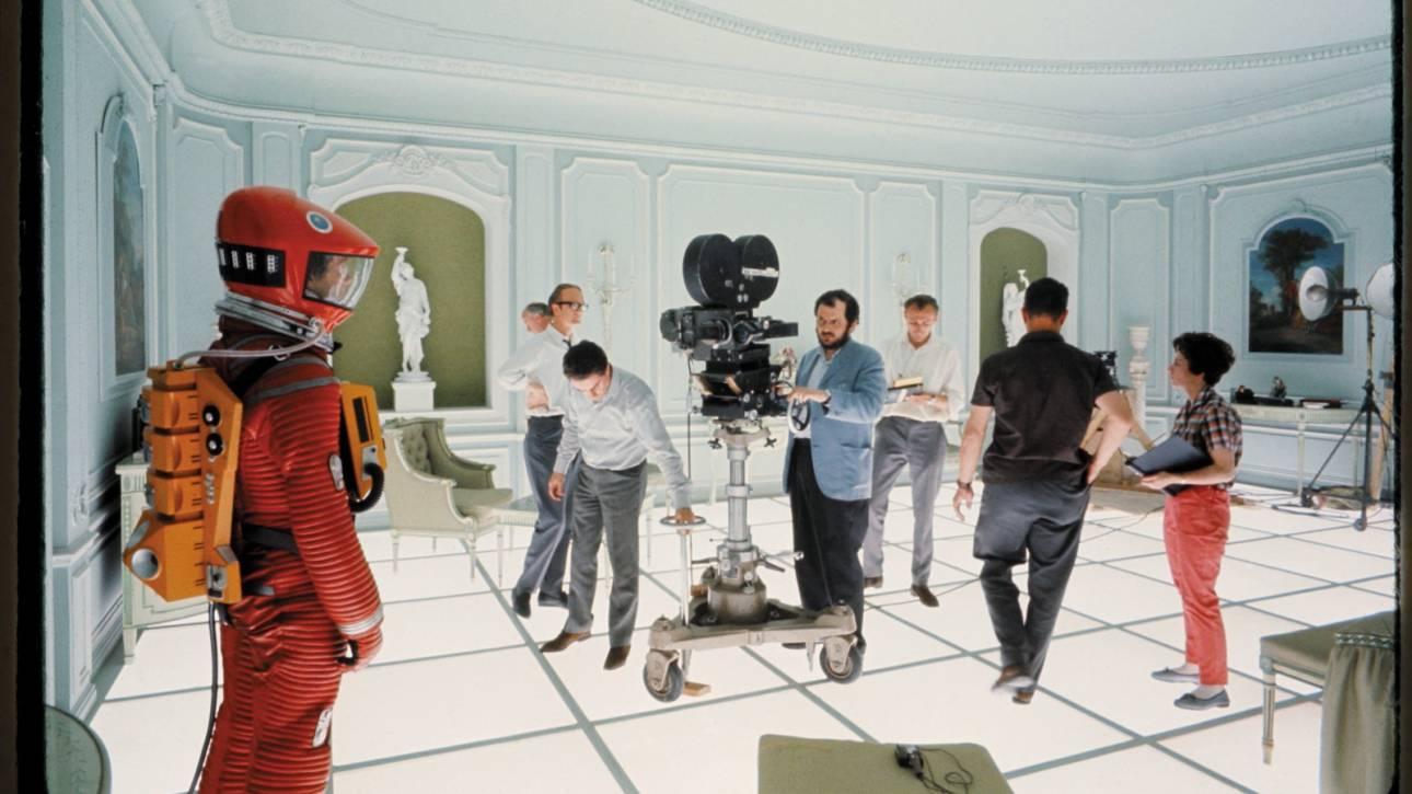 Στο μυαλό του Στάνλεϊ Κιούμπρικ: Μελετώντας το αρχιτεκτονικό σύμπαν του σκηνοθέτη