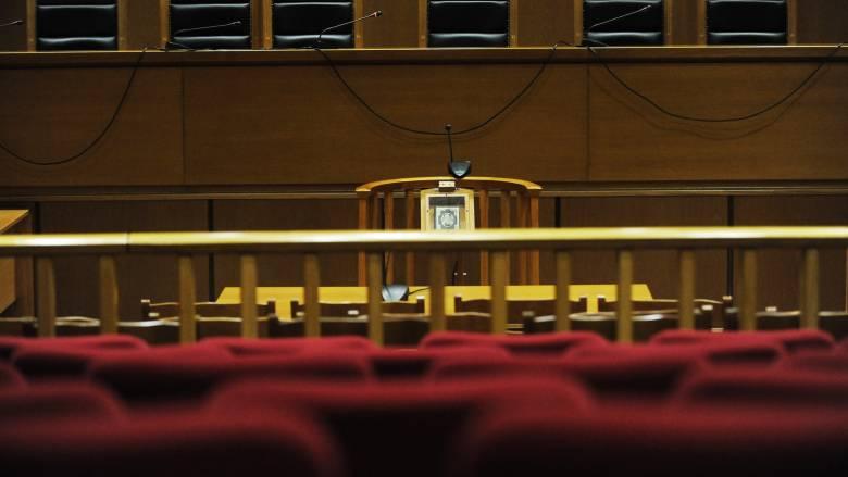 Πρωτοφανής απόφαση στο Αγρίνιο: Μητροκτόνος θα λαμβάνει τη σύνταξη της μητέρας του