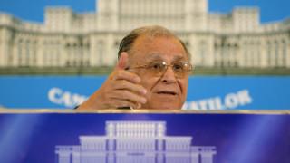 Ρουμανία: Για «εγκλήματα κατά της ανθρωπότητας» θα δικασθεί ο πρώην πρόεδρος Ιλιέσκου