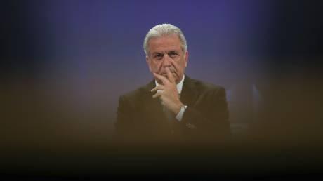 Αβραμόπουλος: Να σταματήσουν οι έλεγχοι στα σύνορα των κρατών της ζώνης Σένγκεν