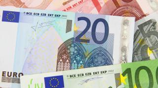 Νέο μηνιαίο επίδομα 100 ευρώ: Ποια είναι τα κριτήρια και οι δικαιούχοι
