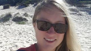 Εικόνες φρίκης: Βίασε τουρίστρια και συνέθλιψε το κεφάλι της με βράχο