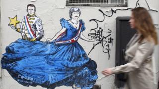 Brexit: «Ναι» υπό όρους σε δεύτερη αναβολή λέει η ΕΕ