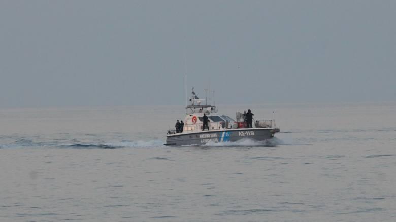 Αιγαίο: Μεγάλη επιχείρηση για τον εντοπισμό που άνδρα που έπεσε από πλοίο στη θάλασσα