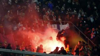 Champions League: Οι οπαδοί του Άγιαξ παρενόχλησαν με βεγγαλικά τους παίκτες της Γιουβέντους