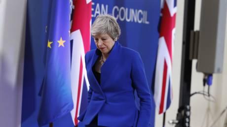 «Μην σπαταλήσετε χρόνο»: Εξάμηνη παράταση στο Brexit και προειδοποιήσεις από την Ε.Ε.