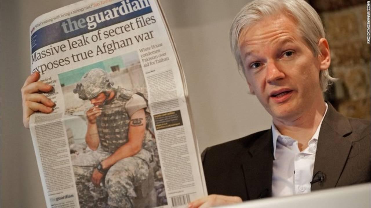 https://cdn.cnngreece.gr/media/news/2019/04/11/172545/photos/snapshot/131010131010-02-assange-1010-horizontal-large-gallery.jpg
