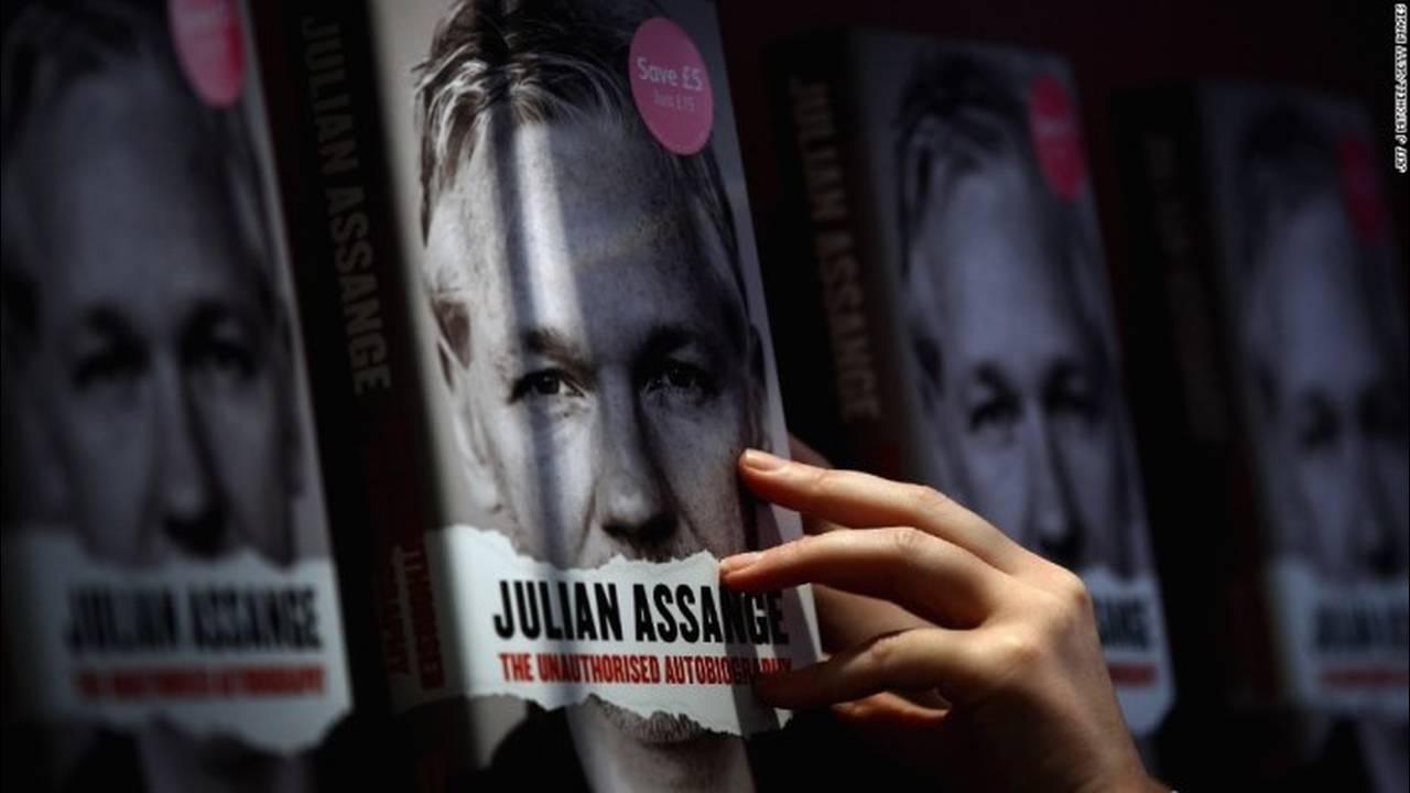 https://cdn.cnngreece.gr/media/news/2019/04/11/172545/photos/snapshot/131010132753-08-assange-1010-horizontal-large-gallery.jpg