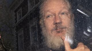 Τζούλιαν Ασάνζ: Οι κατηγορίες εναντίον του «Mr. WikiLeaks» και οι φόβοι για τη ζωή του