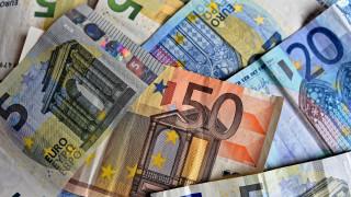 Έρχεται μπαράζ πληρωμών: Πότε πληρώνονται συντάξεις, επιδόματα και δώρα Πάσχα