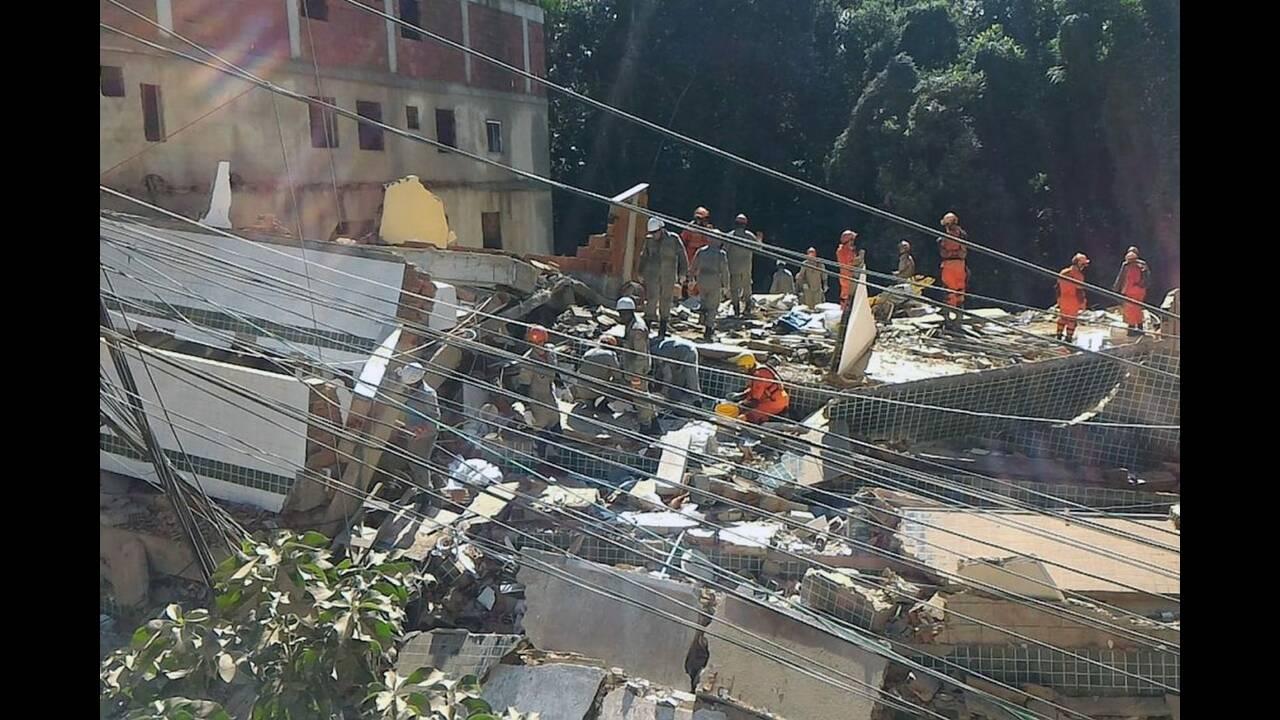 https://cdn.cnngreece.gr/media/news/2019/04/12/172716/photos/snapshot/Buildings-collapse-in-Muzema-community-Rio-photo-courtesy-of-city-of-RJ--1392x928.jpg