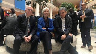 Συνάντηση Τσακαλώτου - Λαγκάρντ: Ικανοποίηση για την πρόωρη αποπληρωμή του ΔΝΤ