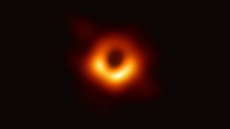 Αυτό το όνομα προτείνουν επιστήμονες για την πρώτη μαύρη τρύπα που φωτογραφήθηκε