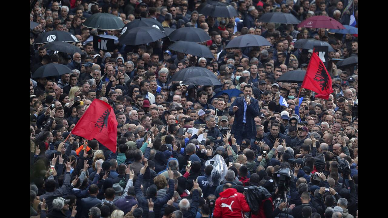 https://cdn.cnngreece.gr/media/news/2019/04/13/172842/photos/snapshot/AP_19103615001842.jpg