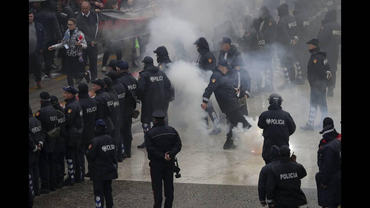 https://cdn.cnngreece.gr/media/news/2019/04/13/172849/photos/snapshot/AP_19103610920457.jpg