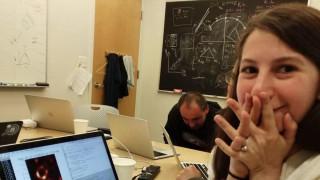 Κέιτι Μπούμαν: O αλγόριθμός της «φωτογράφισε» μαύρη τρύπα αλλά τα τρολ έπεσαν να τη φάνε