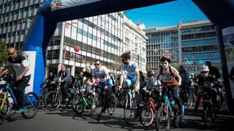 Ο 26ος Ποδηλατικός Γύρος της Αθήνας σε εικόνες