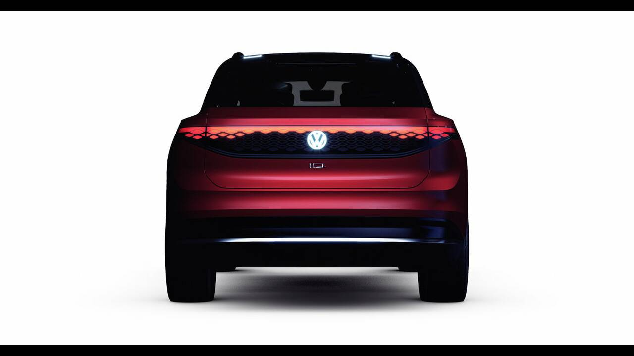 https://cdn.cnngreece.gr/media/news/2019/04/15/173038/photos/snapshot/VW-ID-ROOMZZ-4.jpg