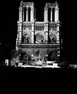 1951, το Παρίσι γιορτάζει τα 2.000 χρόνια του.