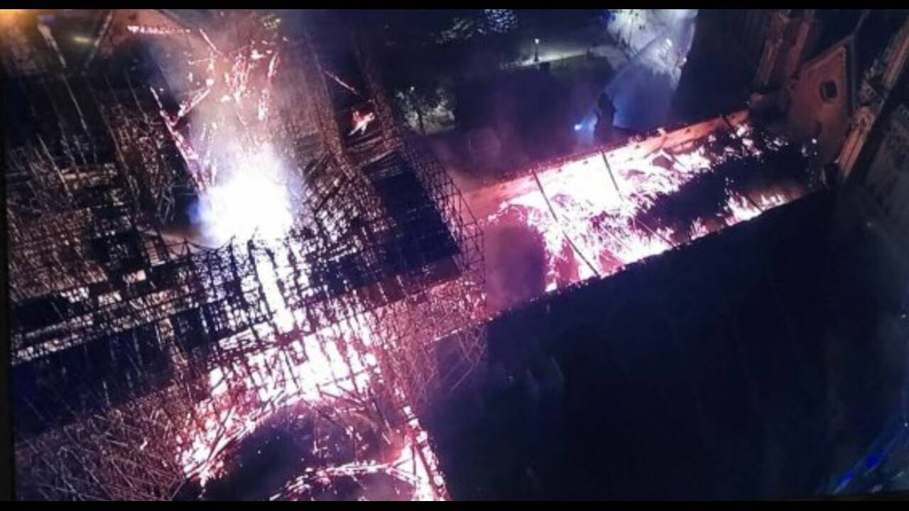 https://cdn.cnngreece.gr/media/news/2019/04/15/173117/photos/snapshot/drone2.jpg