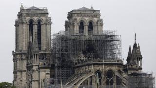 Η Παναγία των Παρισίων πριν και μετά την καταστροφή