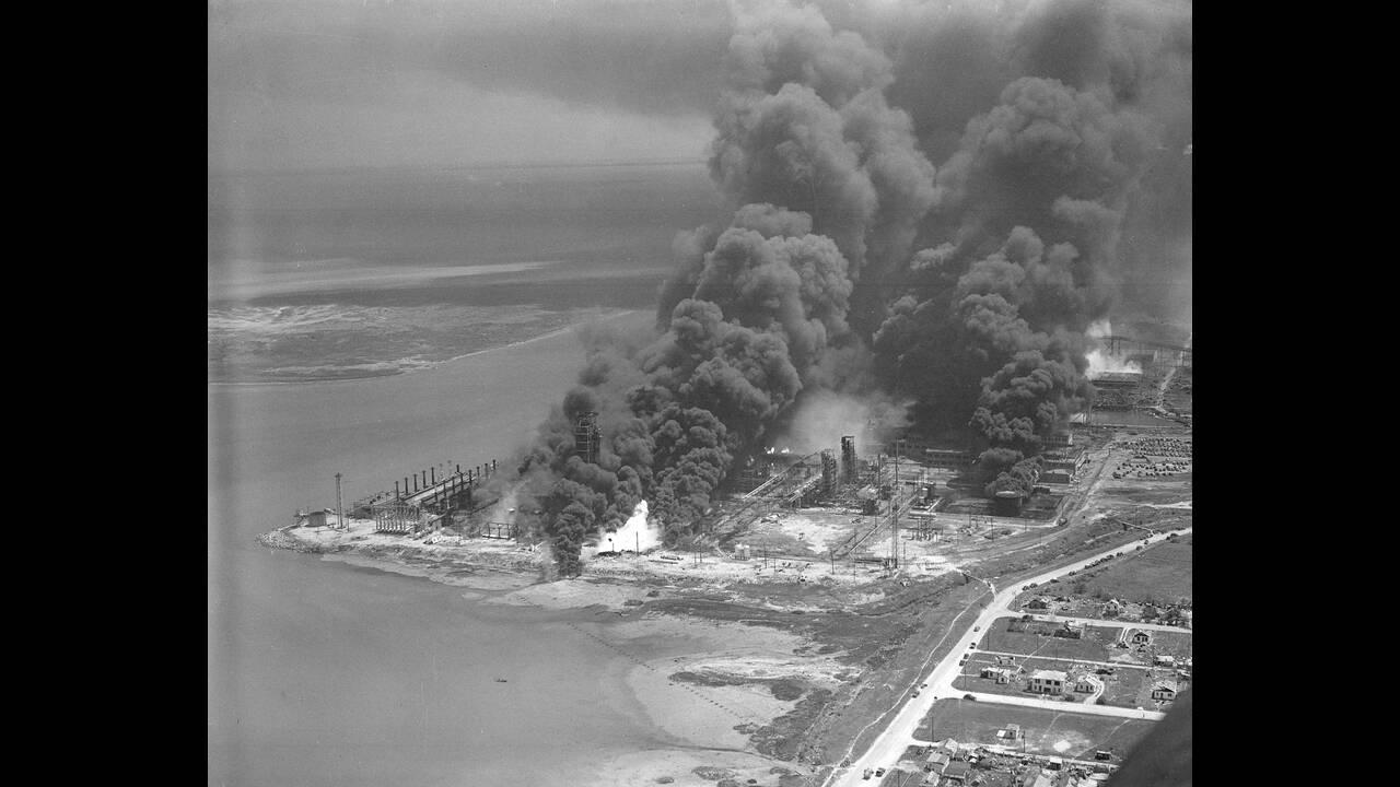1947, Τέξας.  Εναέρια άποψη της πόλης του Τέξας, μετά την έκρηξη ενός γαλλικού πλοίου φορτωμένου με νιτρικό άλας. Η πόλη υπέστη ανυπολόγιστες ζημιές.