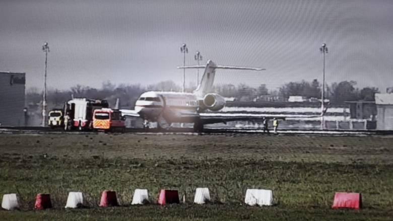 Επείγουσα προσγείωση αεροσκάφους της Πολεμικής Αεροπορίας στο αεροδρόμιο Σένεφελντ του Βερολίνου