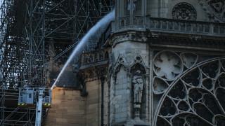 Παναγία των Παρισίων: Σε ατύχημα οφείλεται κατά πάσα πιθανότητα η πυρκαγιά