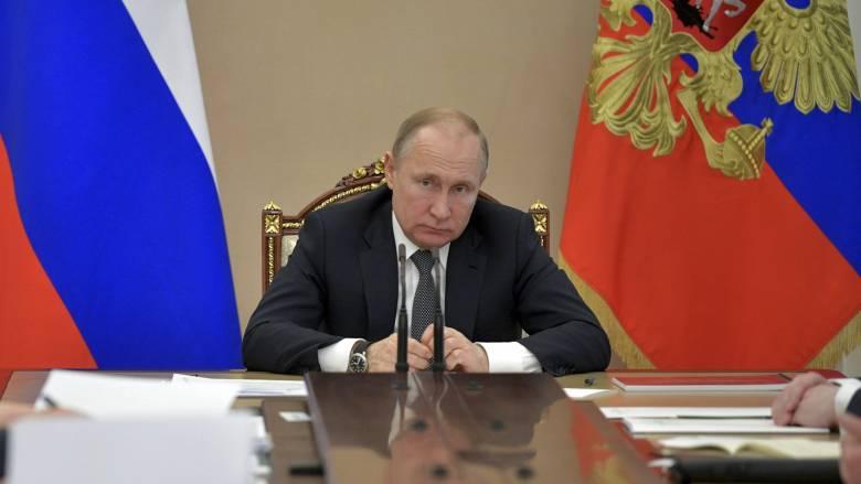 Παναγία των Παρισίων: Ο Πούτιν στέλνει τους καλύτερους Ρώσους ειδικούς για την ανοικοδόμησή της
