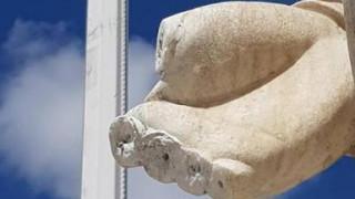Ναύπλιο: Έσπασαν και έκλεψαν τα δάκτυλα από το άγαλμα του Καποδίστρια